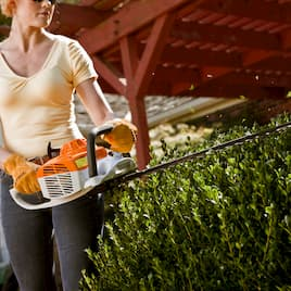 The Best Tools, Tips, and Timing for Trimming Bushes and Hedges