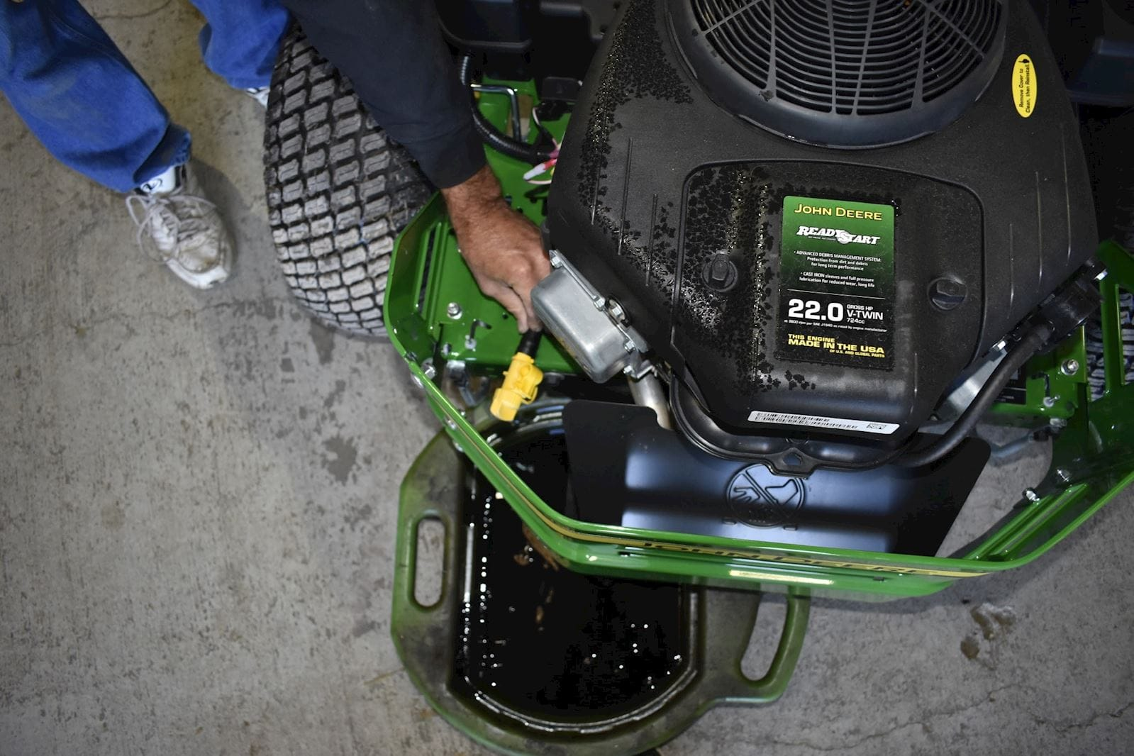 A step-by-step guide to changing the oil in your zero-turn mower, riding mower or compact tractor