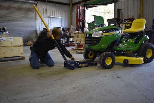 Sharpening Your Mower Blades